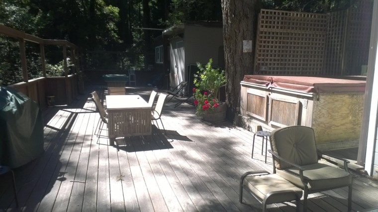 The cabin I stayed at with 9 other triathletes and members of the FOX race team