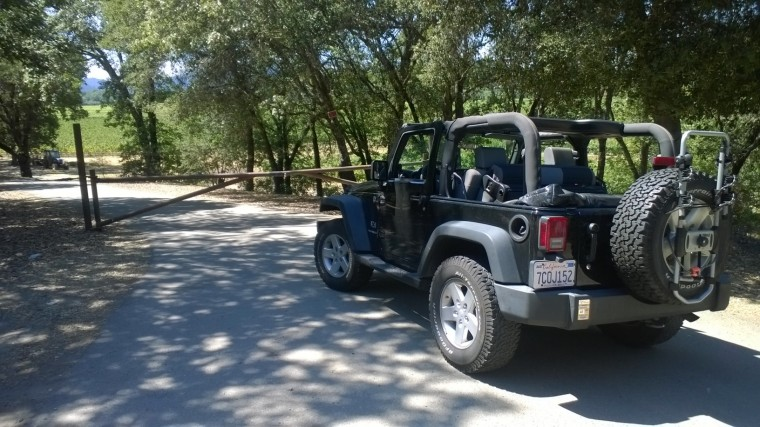 Beautiful Jeep driving in Sonoma, unfortunatly 8 hours of 102 degree temps through the dessert without AC was not as fun.